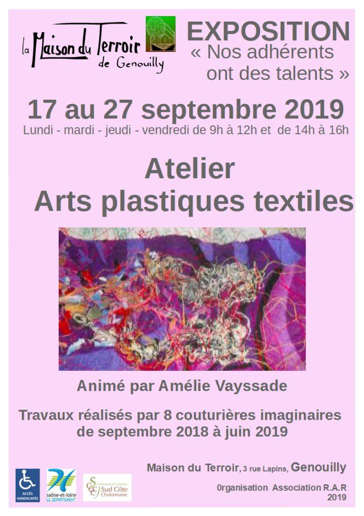Exposition des travaux de l'atelier couture imaginaire de la Maison du terroir de Genouilly